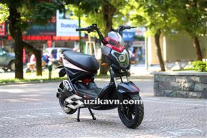 Chiêm ngưỡng những chi tiết đẹp của xe máy điện Xmen 2S Plus giống như chiếc xe đua phân khối lớn