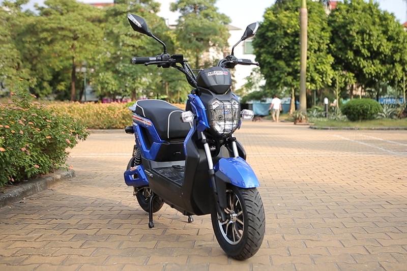 Kết quả hình ảnh cho Vì sao nên mua xe máy điện Zoomer?