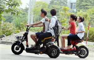 Làm thế nào để hạn chế tai nạn giao thông từ xe điện?