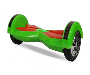 Giới trẻ thích thú với xe điện cân bằng R8