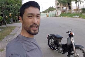 """Xe Cub 79 """"đồng nát  được Johnny Trí Nguyễn tự phục chế"""