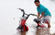 Bảo quản xe điện mùa mưa và khắc phục khi xe chết máy giữa đường